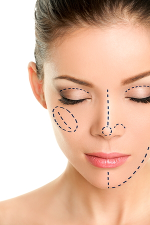 Facelift expert plastic surgeon Dr Robert Drielsma